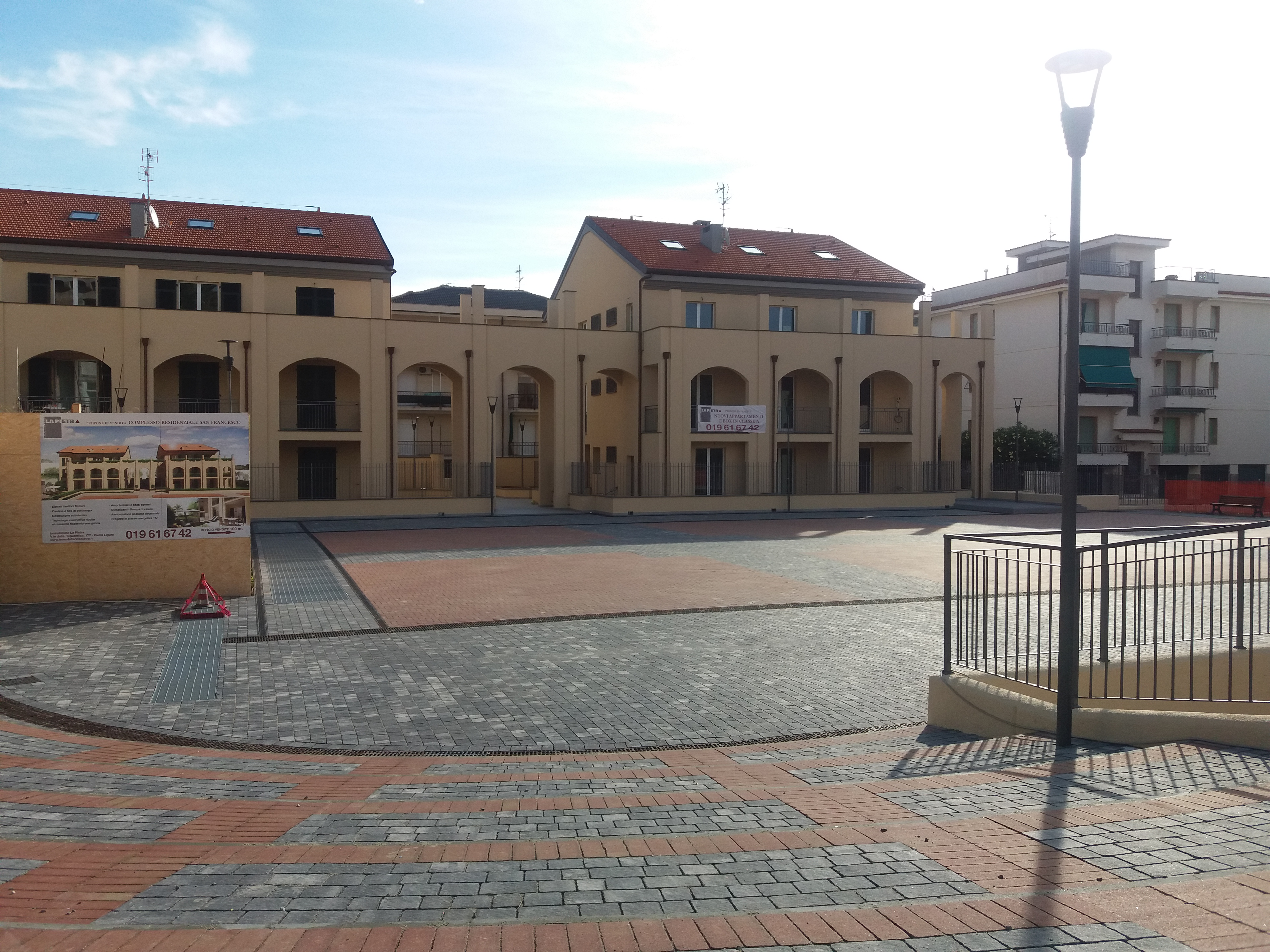 Nuovo bilocale con grande terrazzo in vendita a Pietra Ligure ...